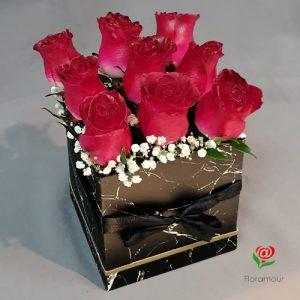 Caja de rosas cuadrada cubo